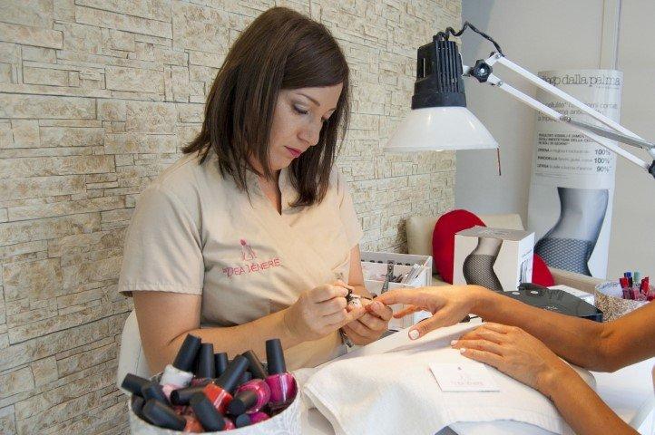 La Dea Venere Manicure smalto